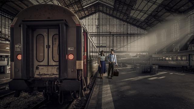 vlak na nádraží